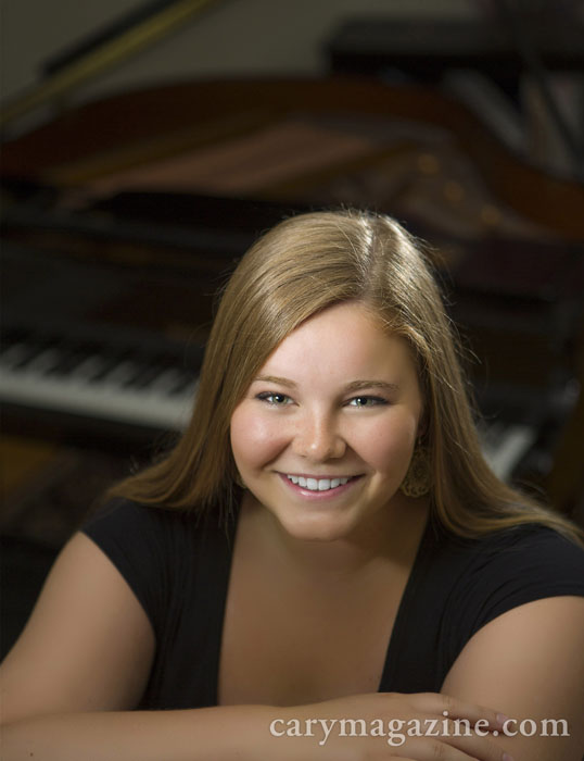 Vocalist and pianist Samantha Childers