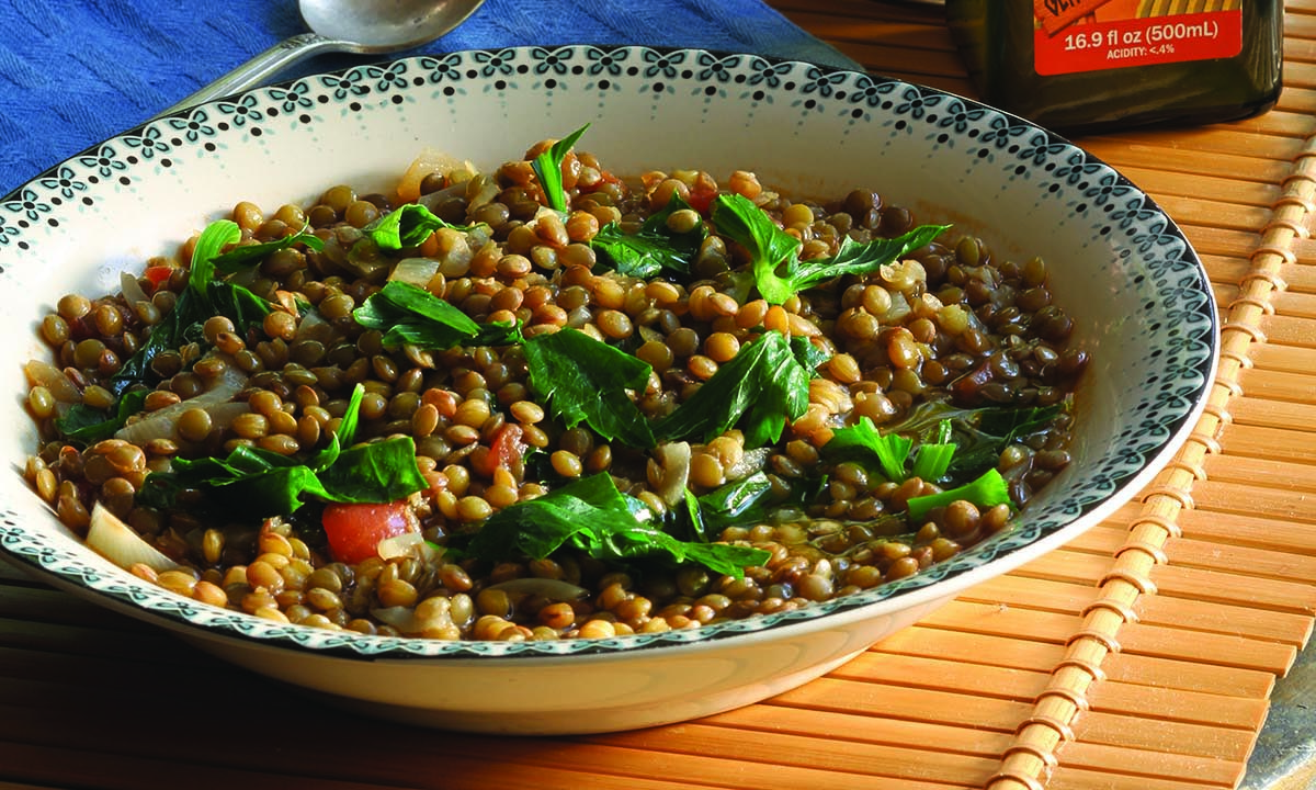 Vrisi-36_Lentil-Soup-with-Kale-and-chile-pepper